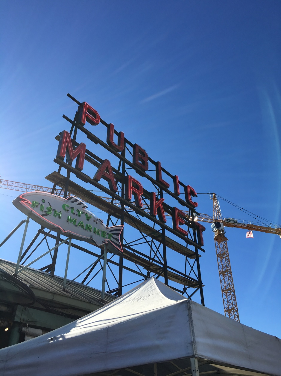 pike-place-crane-sign